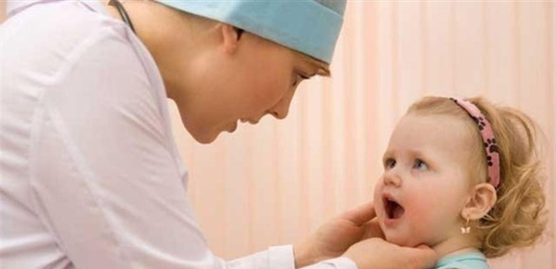 رائحة الفم الكريهة للطفل علامة على إصابته بالسكري