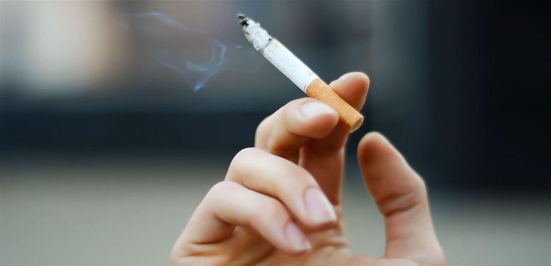 إذا كنت تفكّر بالإقلاع عن التدخين.. هذه الأطعمة تساعدك