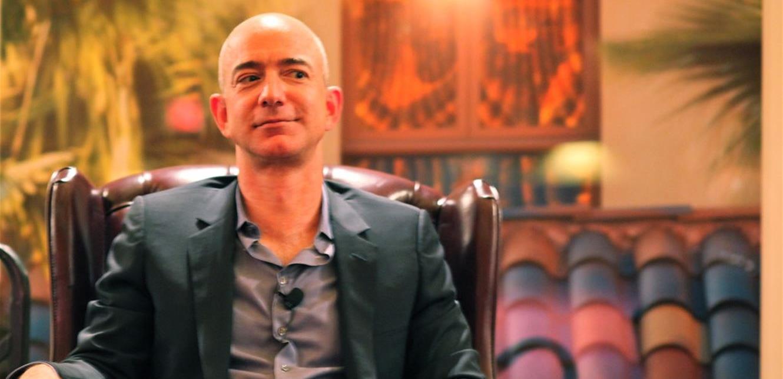"""مؤسس """"أمازون"""" يشتري منزلاً في لوس أنجلوس بـ165 مليون دولار"""