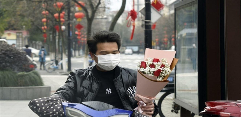 هكذا قضى الصينيون عيد العشاق في زمن كورونا!